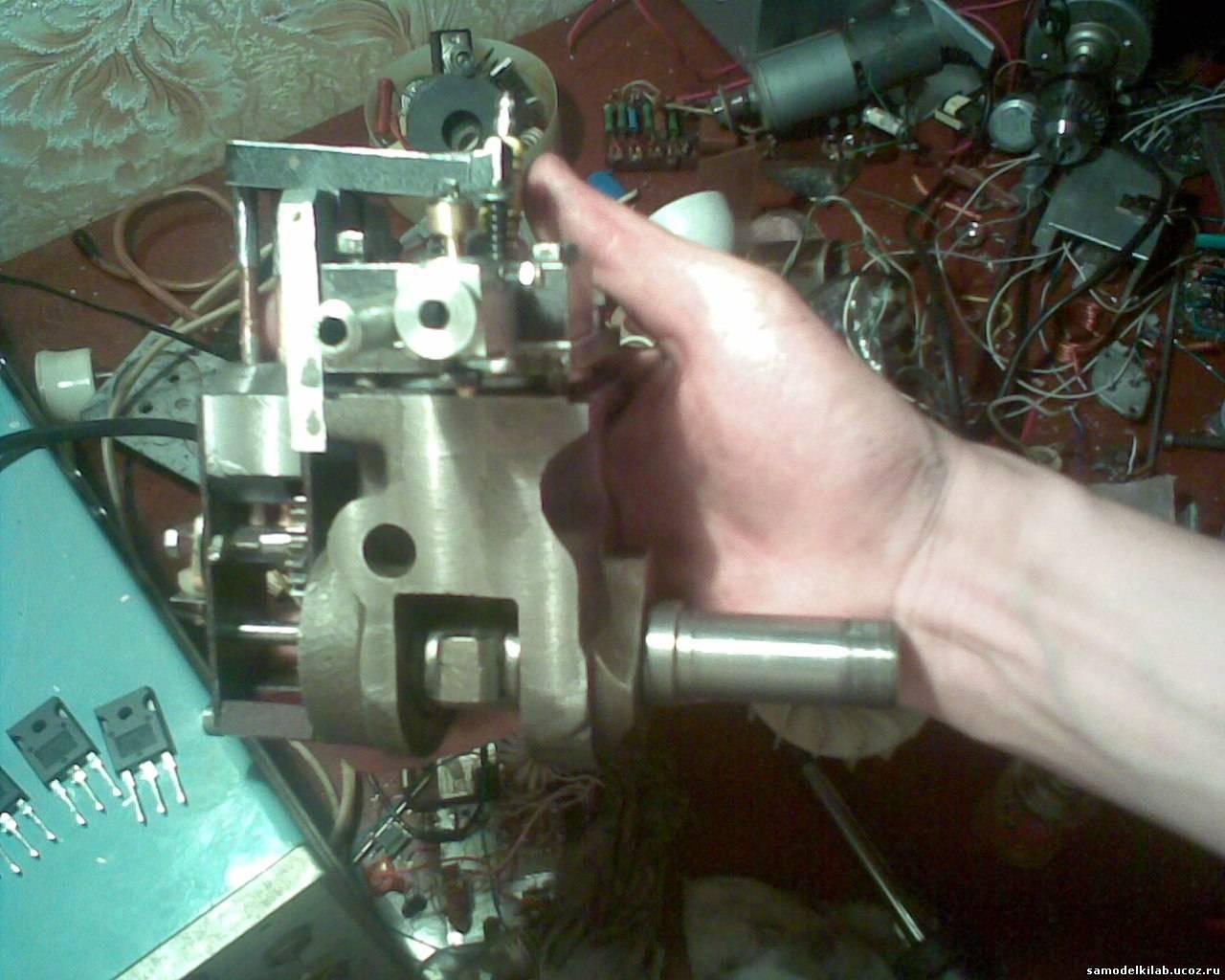 Как сделать мотор из компрессора холодильника